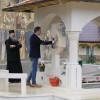 Arsene, cu fotograful după el la căpătâiul Părintelui Iustin Pârvu